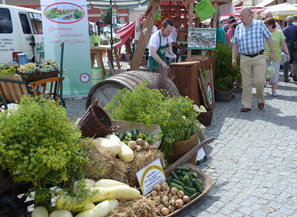 Stand Gurkenverarbeiter Krügermann auf dem Spreewälder Gurkentag